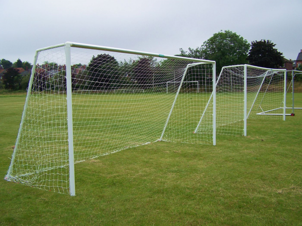 Football Goal Post - 16' x 7' crossbar  for Aluminium portable goal with 16' x 7' standard shaped net.
